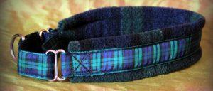 Strick collier