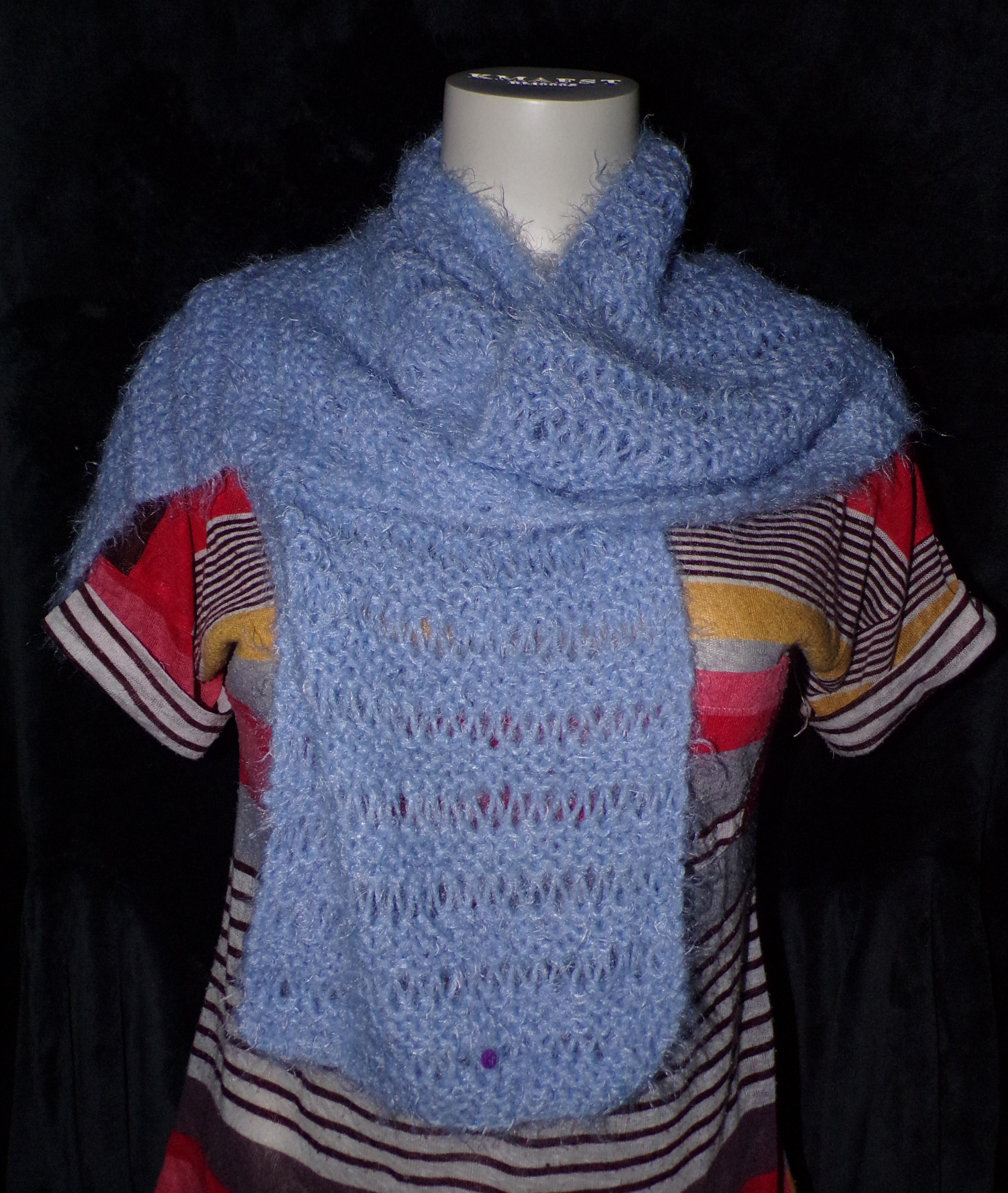 echarpe-tricot-bleu