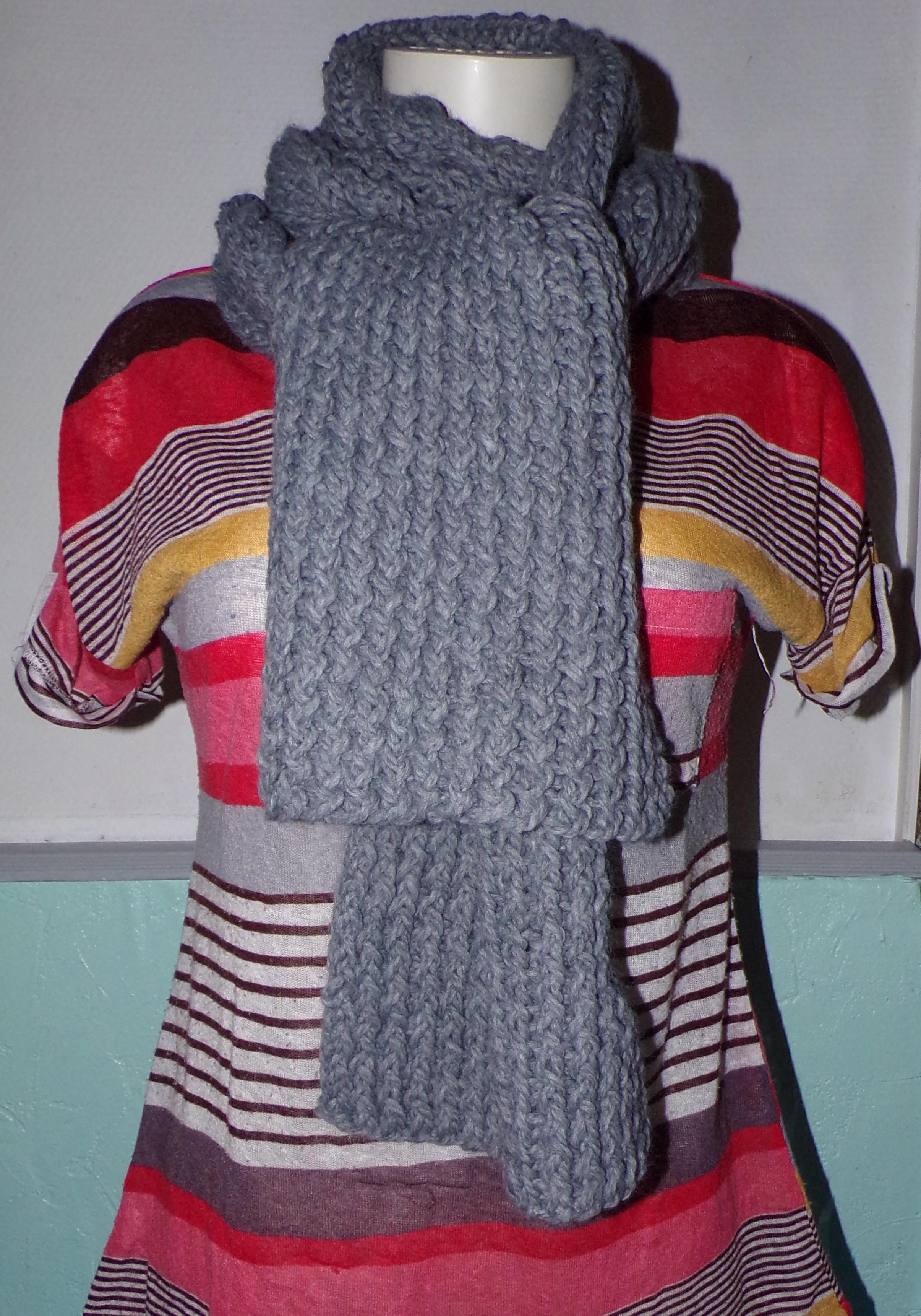 echarpe-noire-et-grise